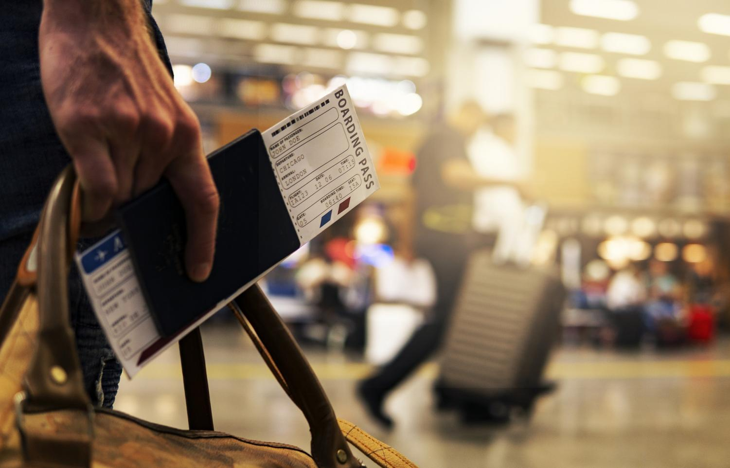 Traveling? Things You Should Know About COVID-19 Passports